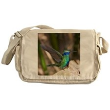 Humming bird on takeoff Messenger Bag