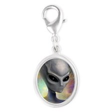 iPhone 4 Slider Case_Alien_Pris Silver Oval Charm
