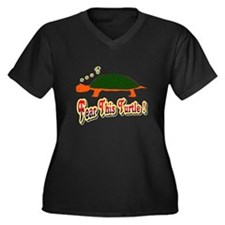 Fear This Turtle !? Women's Plus Size V-Neck Dark