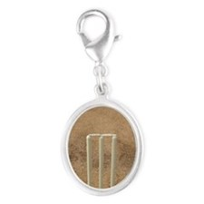 Wickets on the pitch, Top angle Silver Oval Charm