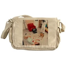 Photographing crime scene Messenger Bag