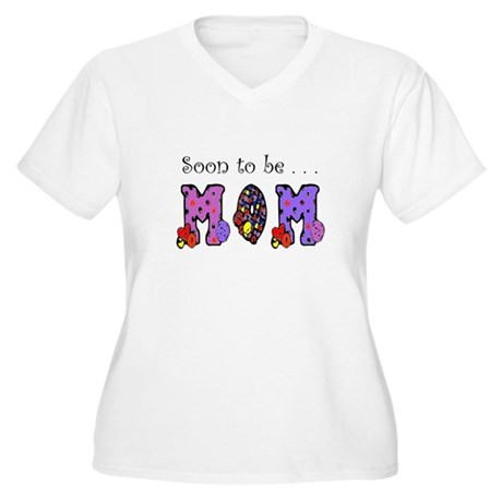 Soon to be MOM Women's Plus Size V-Neck T-Shirt