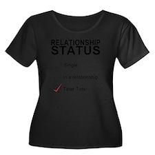 inarelat Women's Plus Size Dark Scoop Neck T-Shirt