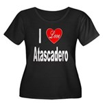 I Love Atascadero (Front) Women's Plus Size Scoop