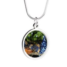 Gibson Mandolin Blue Christm Silver Round Necklace