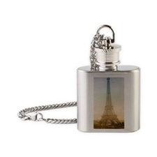 tet_incredible Flask Necklace