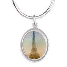 tet_Round Compact Mirror Silver Oval Necklace