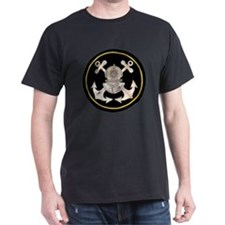 3-Bolt Dive Helmet and Anchors T-Shirt