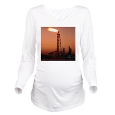Gas flare in front o Long Sleeve Maternity T-Shirt