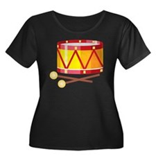 Drum Women's Plus Size Dark Scoop Neck T-Shirt