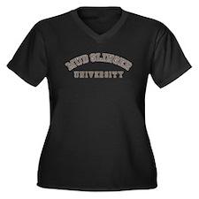 Mud Slinger University Women's Plus Size V-Neck Da