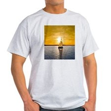 Sailing into the sunset T-Shirt