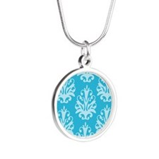Pretty Damask Silver Round Necklace