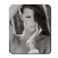 workshop-may-05-18-13_1042 BW fsz Mousepad