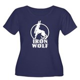 iron wolf Women's Plus Size Scoop Neck Dark T-Shir
