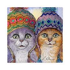 The knitwear cat sisters Queen Duvet