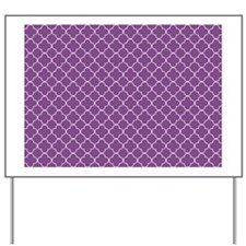 plum white quatrefoil bg r Yard Sign