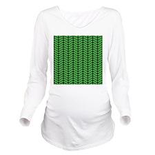 Green Zigzag Pattern. Long Sleeve Maternity T-Shir