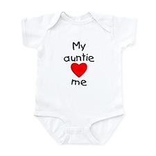 My auntie loves me Infant Bodysuit