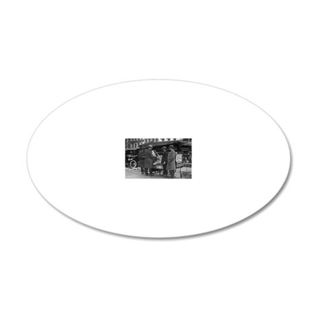 Reading The News 20x12 Oval Wall Decal