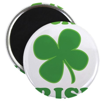 """Luck O' Irish Clover 2.25"""" Magnet (100 pack)"""