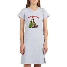 Christmas Giraffe Women's Nightshirt