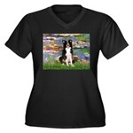 Lilies & Border Collie Women's Plus Size V-Neck Da