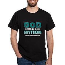 god lives T-Shirt