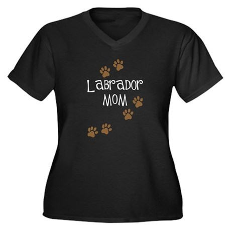 Labrador Mom Women's Plus Size V-Neck Dark T-Shirt