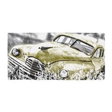 Oldtimer in the meadow Beach Towel