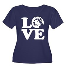 Love Malamute Plus Size T-Shirt