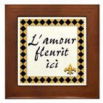 L'amour Fleurit Ici Framed Tile