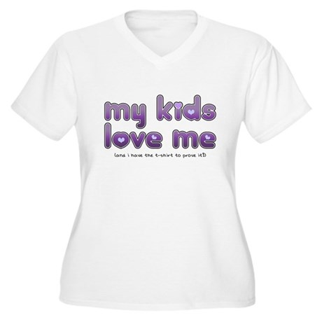 My Kids Love Me Women's Plus Size V-Neck T-Shirt