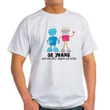 32 Year Anniversary Robot Couple T-Shirt