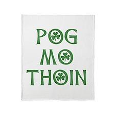 Pog Mo Thoin Shamrock Throw Blanket