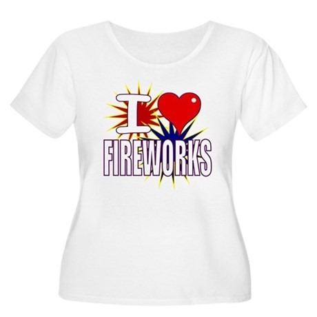 I heart fireworks Women's Plus Size Scoop Neck T-S