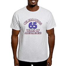 65 years old birthday design T-Shirt