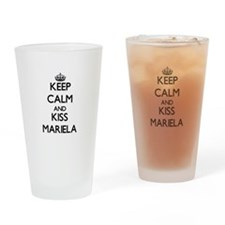 Keep Calm and kiss Mariela Drinking Glass