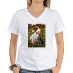 Windflowers & Black Lab Women's V-Neck T-Shirt