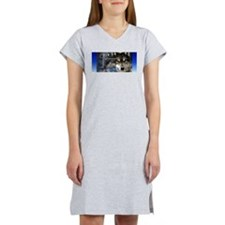 Wolf Women's Nightshirt
