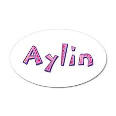 Aylin Pink Giraffe 35x21 Oval Wall Decal