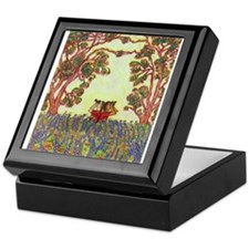 Girdners Tree Embrace Keepsake Box