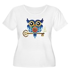 Owl on Skeleton Key Plus Size T-Shirt