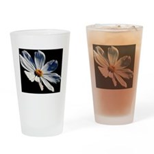 Daisy on Black Drinking Glass