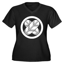 Intersecting Women's Plus Size V-Neck Dark T-Shirt