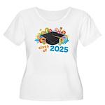 2025 graduati Women's Plus Size Scoop Neck T-Shirt
