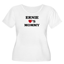 Ernie loves mommy T-Shirt
