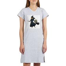 Squirrel Witch Women's Nightshirt