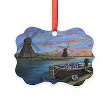 Hopen for Keeshonden Ornament