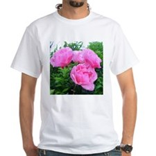 glorious pink roses T-Shirt